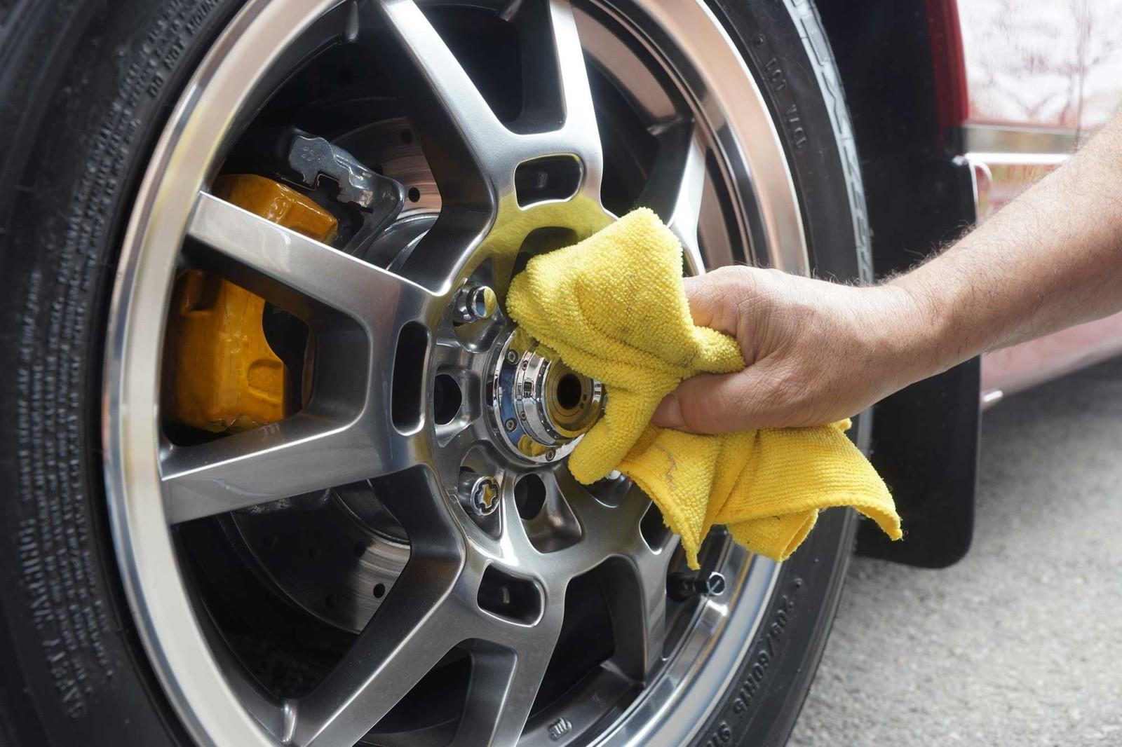Car Detailing - Hand Wash